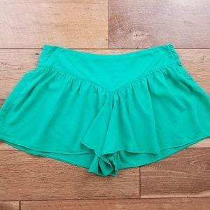 Zara Women Green Flowy Shorts
